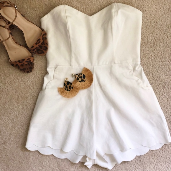 White heart shaped neckline scalloped romper